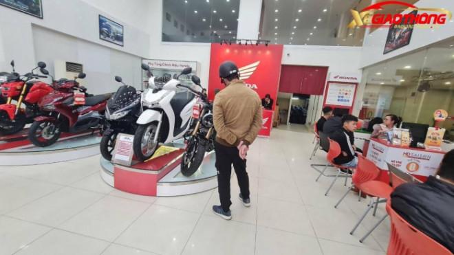 Bảng giá xe máy Honda tháng 1/2021: Thời điểm vàng sắm xe chơi Tết? - 1