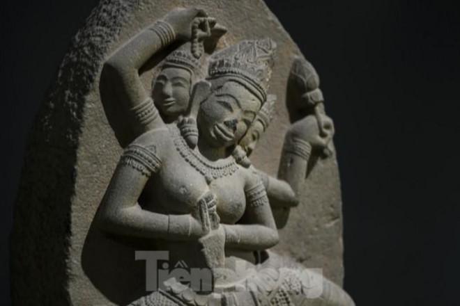 Chiêm ngưỡng vẻ đẹp phù điêu nữ thần Sarasvati vừa được công nhận Bảo vật Quốc gia - 2