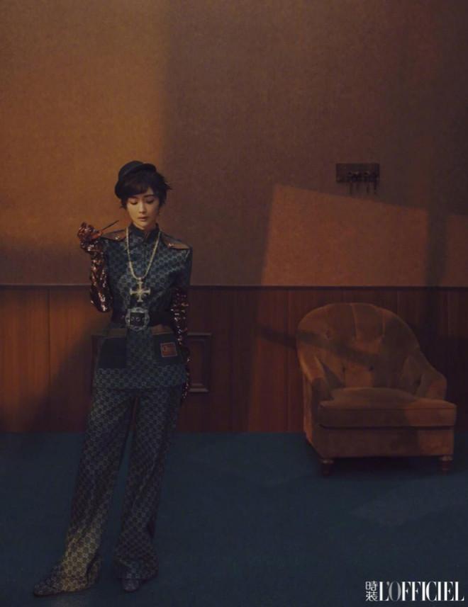 Pha đụng hàng xuyên biên giới, Khánh Linh nổi bật hơn cả Dương Mịch và Joy (Red Velvet) - 8