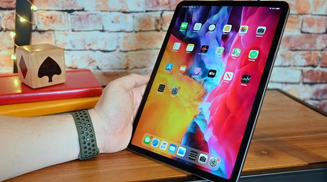 Tháng 3 này, Apple sẽ tung iPad Pro với màn hình micro LED đầu tiên - 1