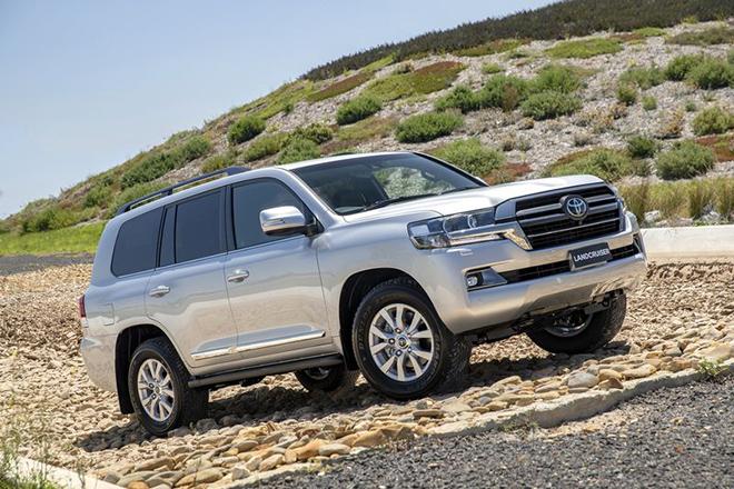 Toyota Land Cruiser thế hệ mới sẽ không còn được trang bị động cơ V8 - 1