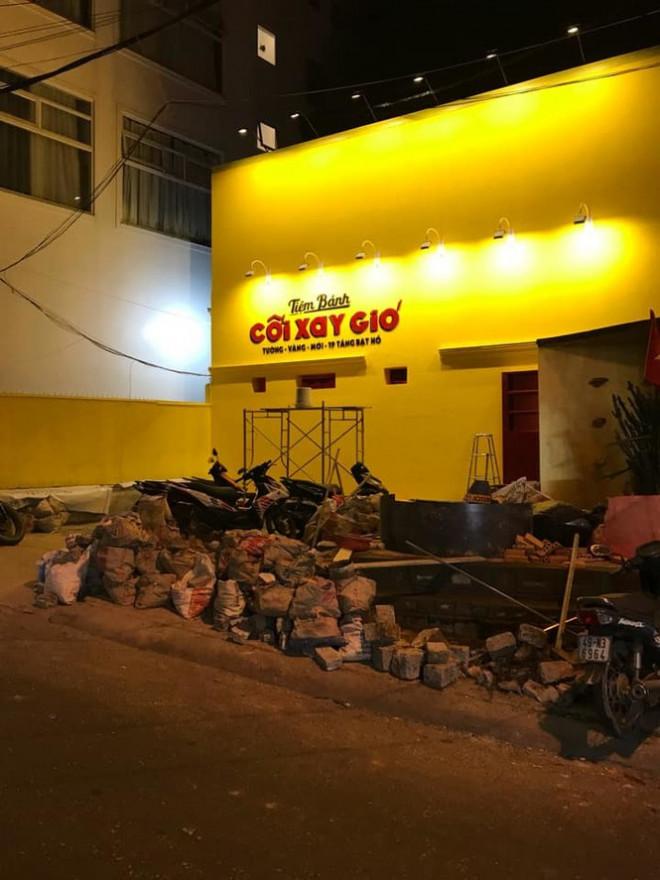 """Bức tường vàng """"Tiệm Bánh Cối Xay Gió"""" sắp trở lại, địa điểm ngay gần chỗ cũ - 1"""