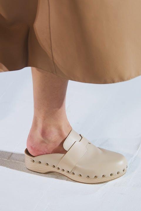 9 xu hướng giày nổi bật được mong đợi cho mùa xuân hè 2021 - 1