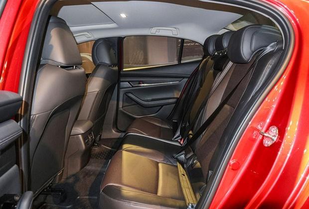 Giá xe Mazda 3 mới nhất tháng 01/2021 và đánh giá chi tiết - 9