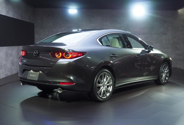 Giá xe Mazda 3 mới nhất tháng 01/2021 và đánh giá chi tiết - 2