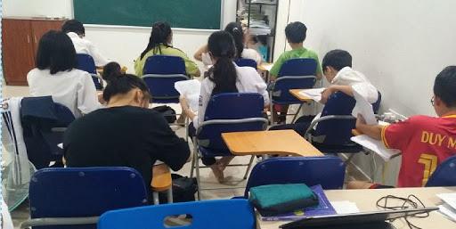 Dùng điểm số ép học sinh học thêm nên xử lý thế nào? - 1