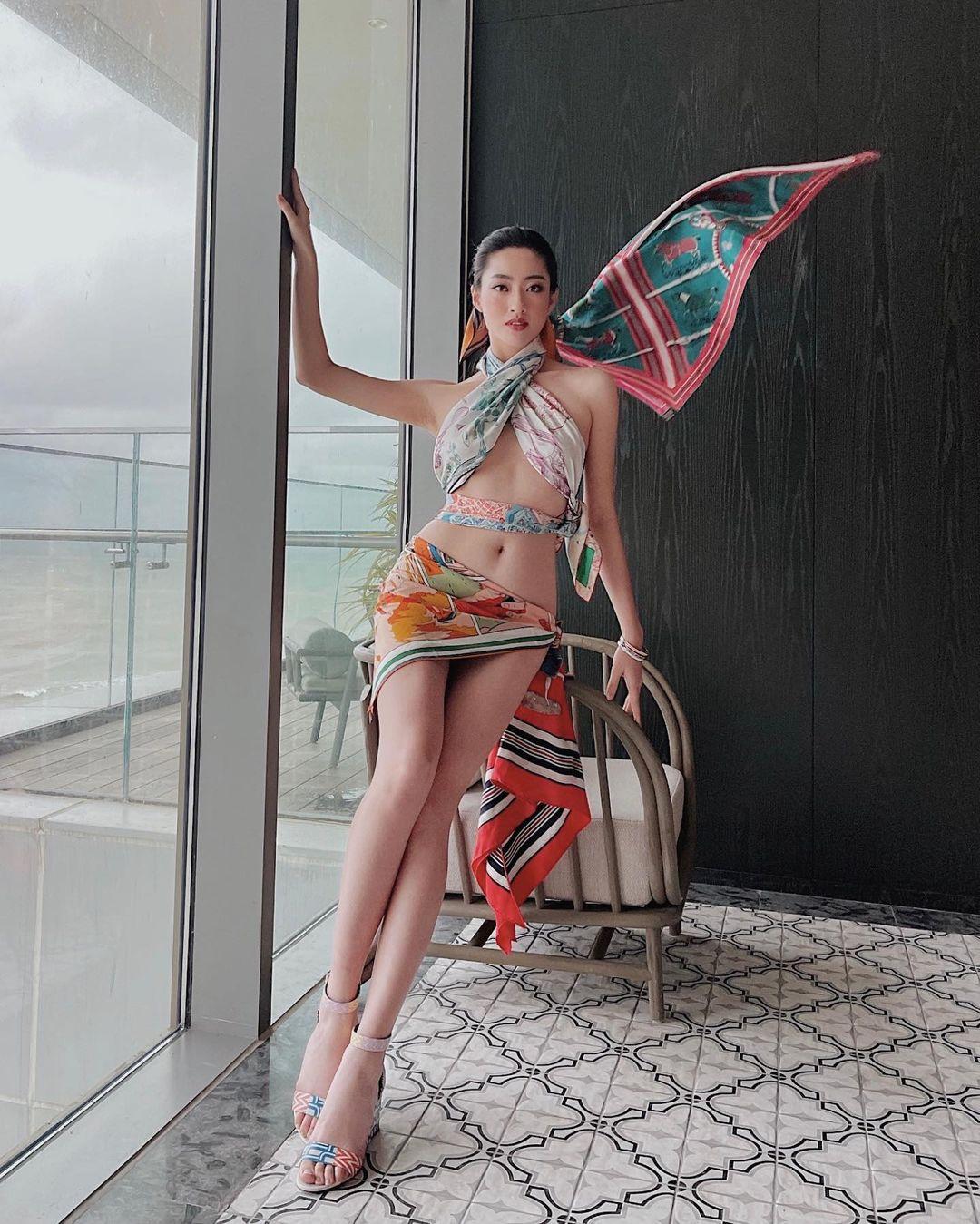 Hoa hậu Cao Bằng có số đo đẹp nhất lịch sử quấn khăn như thần Vệ nữ tôn body tượng tạc - 1