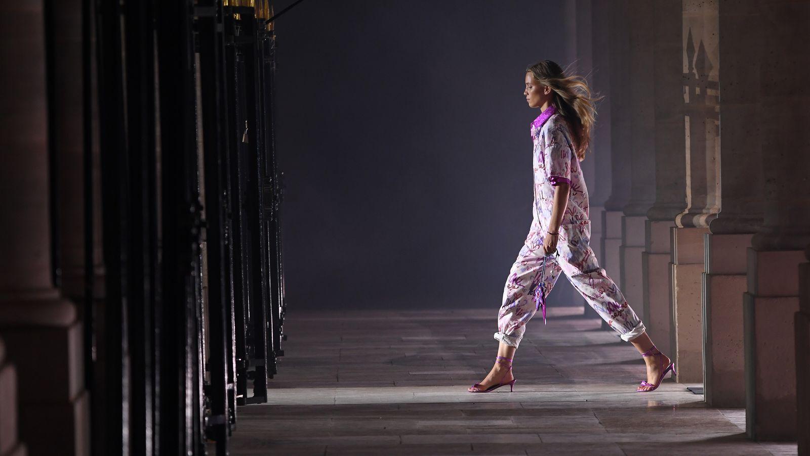 Số phận Tuần lễ thời trang Paris trong 2021 sẽ ra sao khi Covid vẫn còn đó? - 1