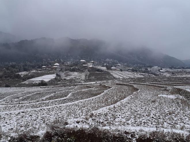 Thời tiết hôm nay: Miền Bắc tiếp tục rét đậm, rét hại, Trung Bộ có mưa - 1