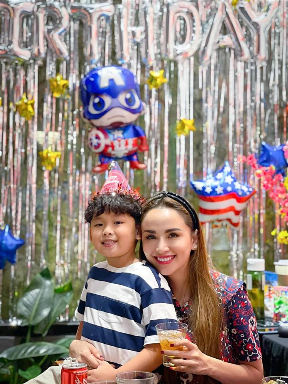 Lý do nào khiến chồng Diễm Hương thường xuyên vắng mặt trong sinh nhật con trai? - 1