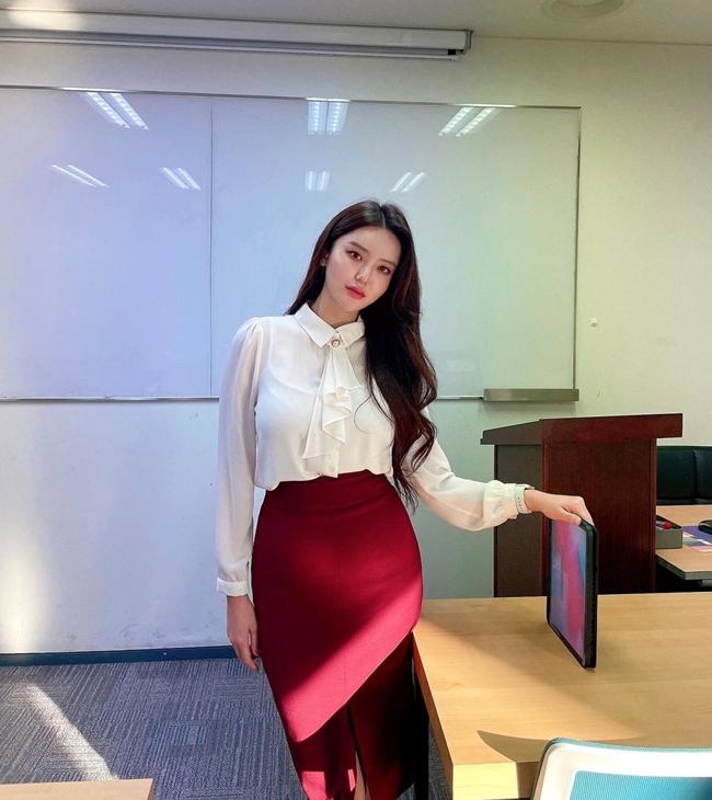 Sarah Kim là cô giáo dạy tiếng Anh nổi tiếng người Hàn Quốc.