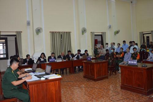 Xét xử vụ án tại Tổng Công ty Xây dựng Lũng Lô: Lê Quang Hiếu Hùng đối diện 30 năm tù - 1