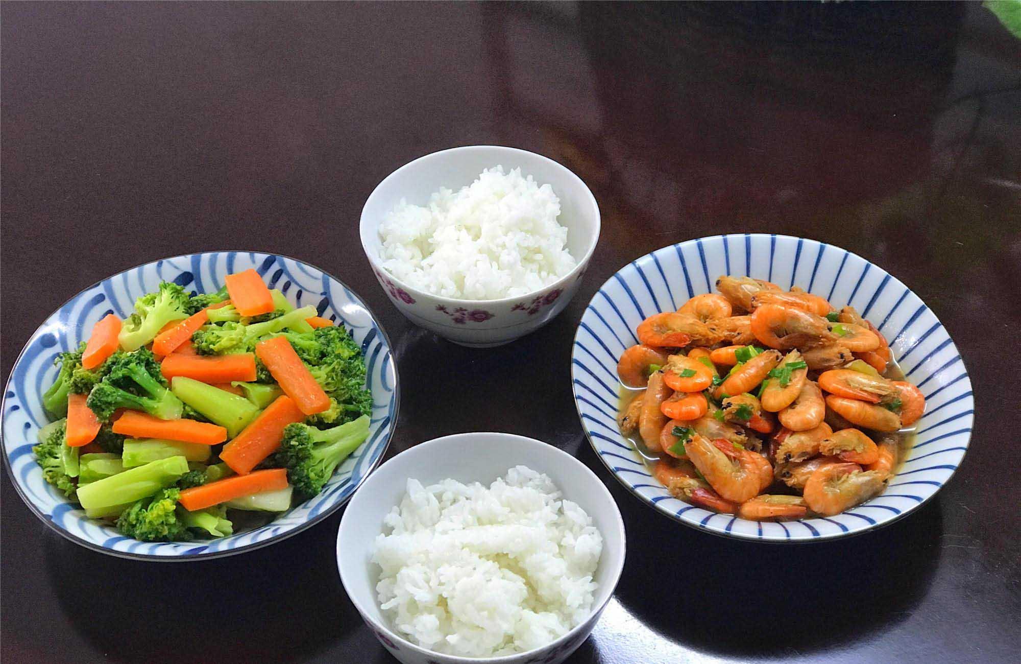 Khỏi vắt óc thực đơn cho cả tuần tới, mỗi bữa chỉ đơn giản 2-3 món là đủ - 1