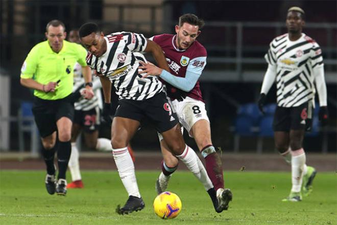Tin mới nhất bóng đá tối 14/1: Martial kịp bình phục cho trận gặp Liverpool - 1