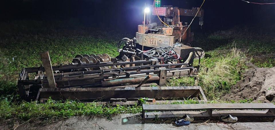 Diễn biến mới vụ máy ép cọc đè chết 2 cháu nhỏ ở Bắc Ninh - 2