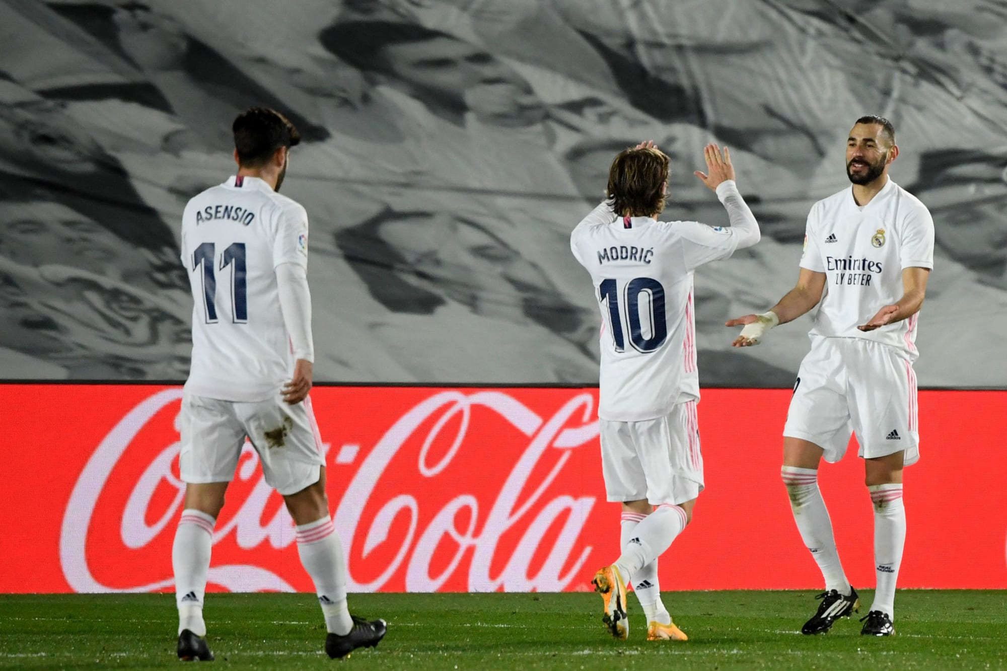 Video Real Madrid - Athletic Bilbao: Phủ đầu choáng váng, địa chấn ngỡ ngàng - 1