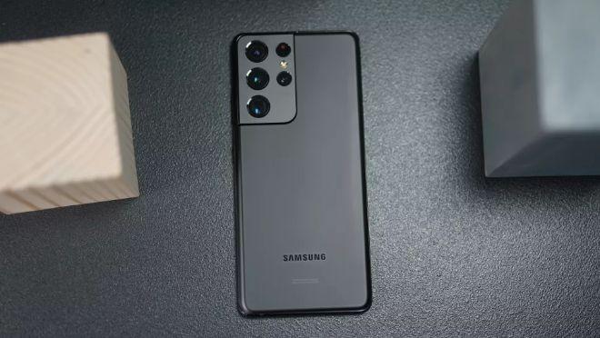 Galaxy S21 Ultra và iPhone 12 Pro Max: Ai mới là ông trùm smartphone? - 1
