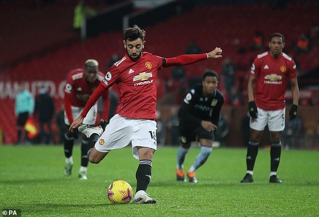 """Fernandes """"tham chiến"""" tranh cãi về 11m, chỉ ra 2 SAO MU dễ kiếm penalty nhất - 1"""