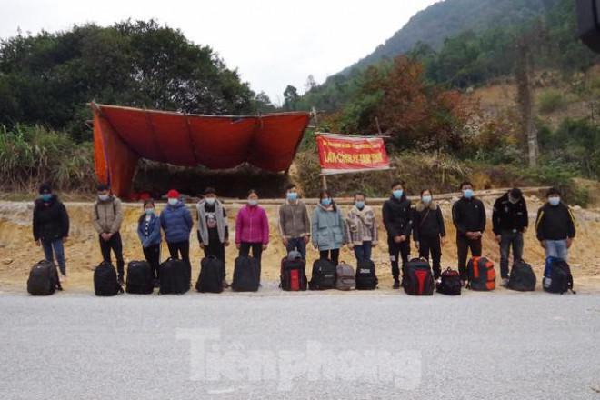 Liên tiếp bắt giữ người nhập cảnh trái phép qua biên giới Lạng Sơn - 2