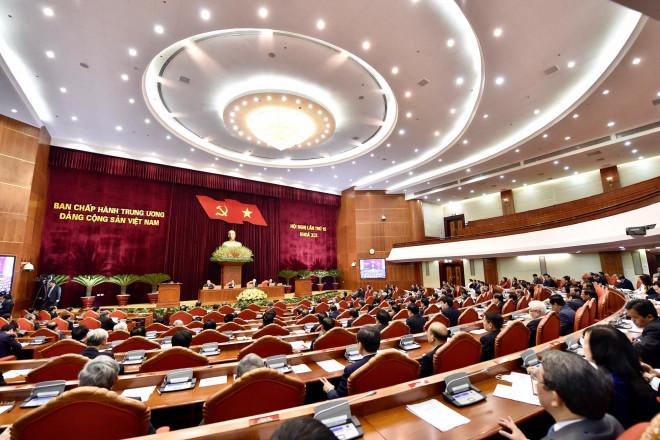 """Trung ương Đảng thông qua danh sách trường hợp """"đặc biệt"""" tái cử Bộ Chính trị, nhân sự chủ chốt khóa XIII - 1"""