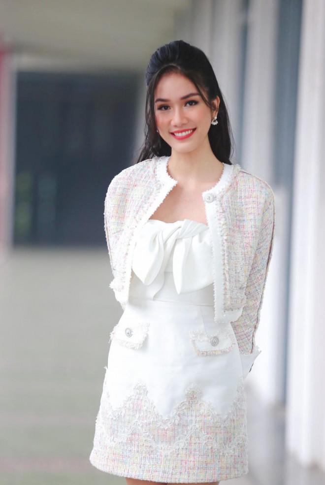 Hoa hậu Đỗ Thị Hà và Á hậu Phương Anh, Ngọc Thảo giản dị vẫn cực xinh đẹp - 7