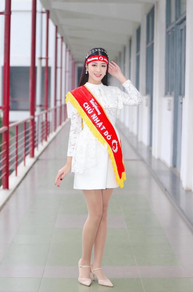 Hoa hậu Đỗ Thị Hà và Á hậu Phương Anh, Ngọc Thảo giản dị vẫn cực xinh đẹp - 12