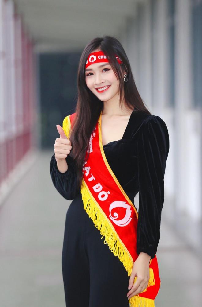 Hoa hậu Đỗ Thị Hà và Á hậu Phương Anh, Ngọc Thảo giản dị vẫn cực xinh đẹp - 15
