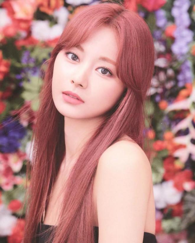 Nữ idol K-pop sở hữu gương mặt được phụ nữ Nhật Bản khao khát nhất - 1