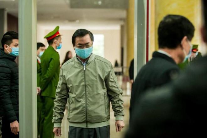 Xét xử ông Vũ Huy Hoàng: Triệu tập nguyên thứ trưởng Bộ Công Thương - 1