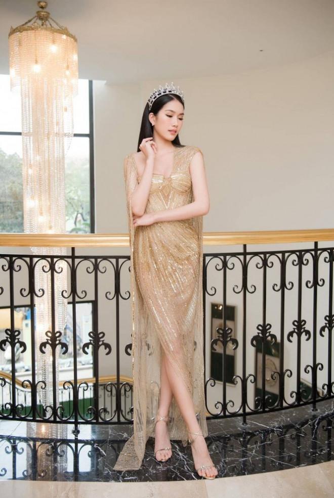 Mặc mẫu váy đụng hàng 5 mỹ nhân đình đám, Á hậu Phương Anh vẫn ghi điểm nhờ chi tiết này - 1