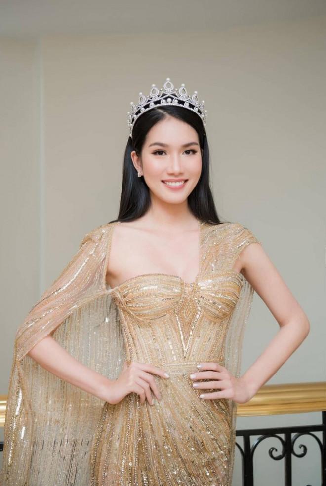 Mặc mẫu váy đụng hàng 5 mỹ nhân đình đám, Á hậu Phương Anh vẫn ghi điểm nhờ chi tiết này - 4