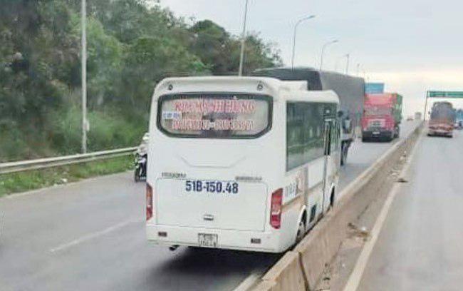 Xe khách lao ngược chiều trên Quốc lộ 1 ở Đồng Nai: Đã xử sao? - 1