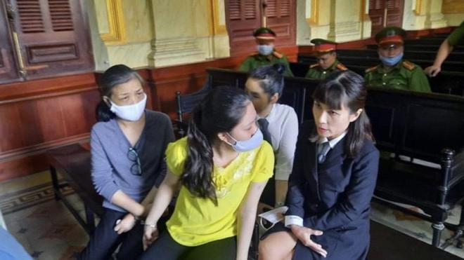 Diễn biến bất ngờ vụ Tôn Nữ Thị Huyền mua bán bộ phận cơ thể người - 1