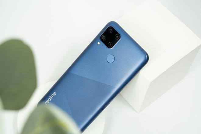 Chụp ảnh đẹp với 4 camera trên Realme C15 và nhận giá ưu đãi mừng Tết 2021 - 1