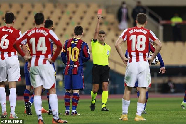 SỐC: Messi đánh người nguy cơ bị treo giò 12 trận, nín thở chờ phán quyết - 1