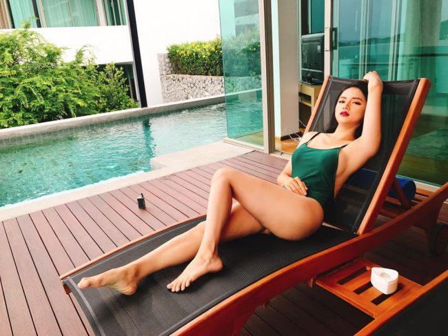 Tạm thời gác lại câu chuyện đấu tố, Hương Giang có lượng người theo dõi lớn vì xinh đẹp và sang chảnh.