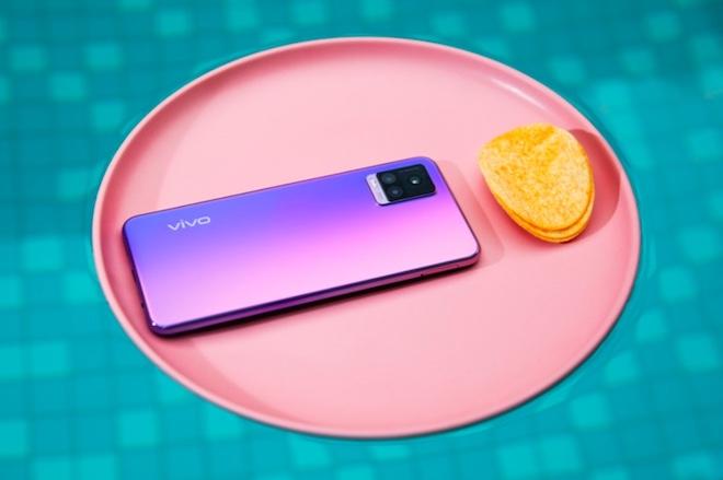 5 smartphone có camera độc đáo cho quay phim, chụp ảnh Xuân 2021 - 1
