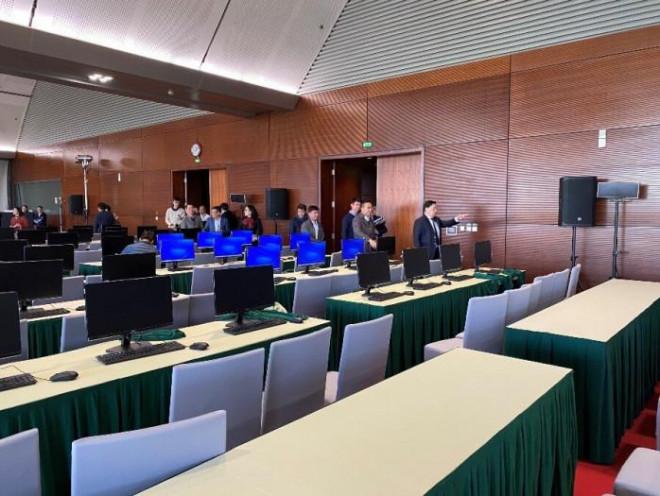 Trung tâm báo chí siêu hiện đại phục vụ tác nghiệp tại Đại hội Đảng XIII - 1