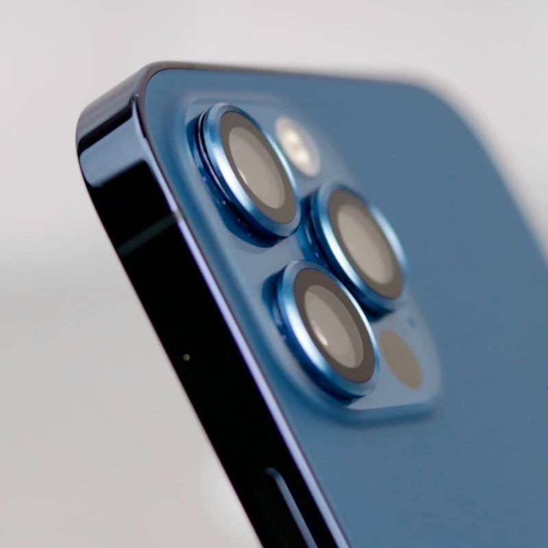 Có nên mua iPhone 12 Pro... cũ? - 1