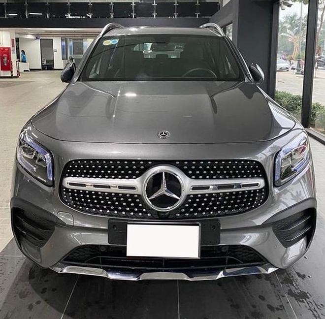 Mercedes-Benz GLB 200 đầu tiên lên sàn xe cũ tại Việt Nam, ODO mới dừng ở 70km - 1