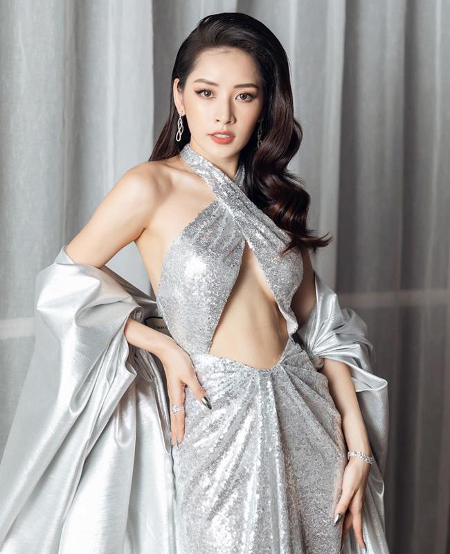"""Váy """"hở đúng chỗ hiểm"""" của chị em showbiz Việt ngày càng """"biến tướng"""" - 8"""