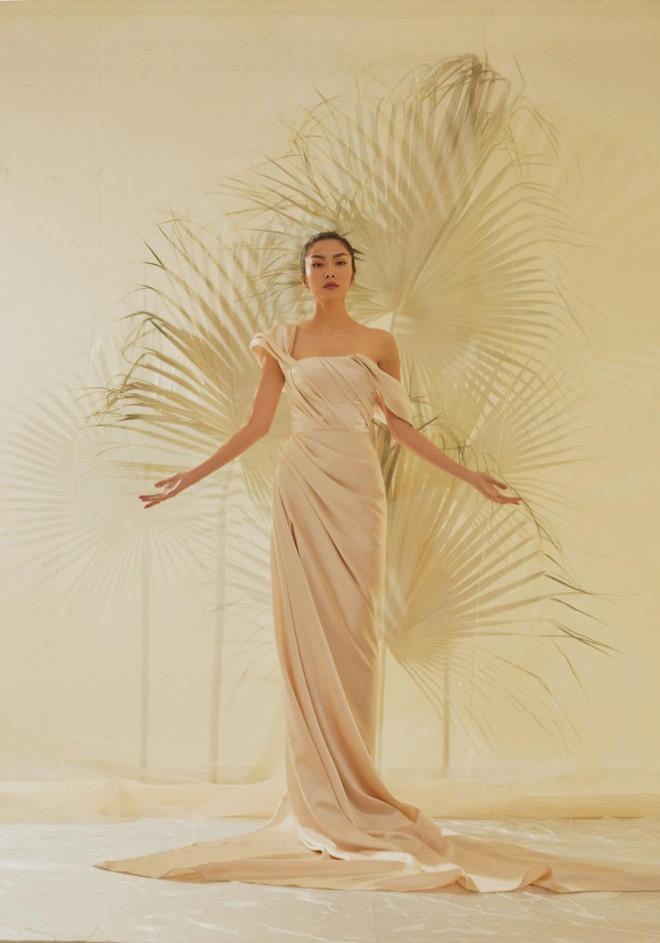 Tăng Thành Hà khiến netizen choáng ngợp với vẻ đẹp tựa nữ thần trong sách ảnh thời trang - 1
