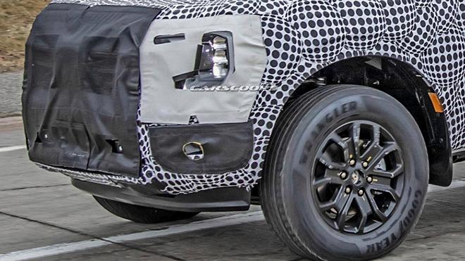 Ford Ranger thế hệ mới bị kẹt trong lớp ngụy trang trên đường thử - 4