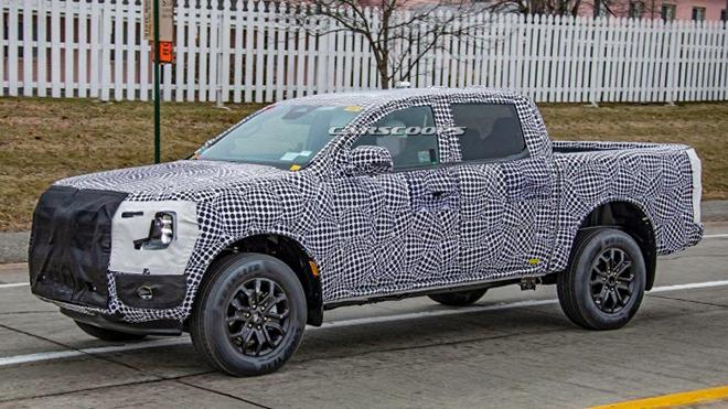 Ford Ranger thế hệ mới bị kẹt trong lớp ngụy trang trên đường thử - 2