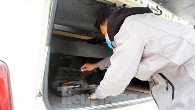 Cảnh khuyển tham gia rà soát xe phục vụ Đại hội XIII - 9