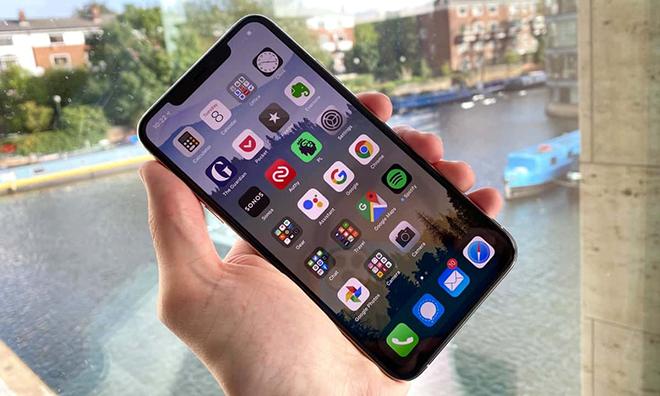 Đây là thương hiệu giữ giá tốt nhất trên thị trường smartphone - 1