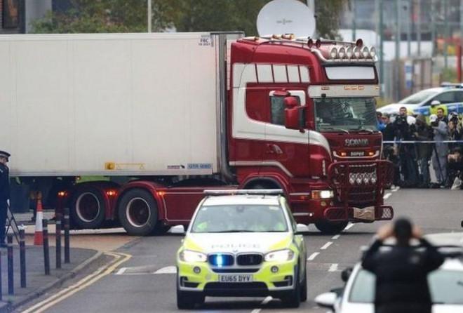 Tuyên án vụ 39 người Việt chết trên xe tải ở Anh - 1
