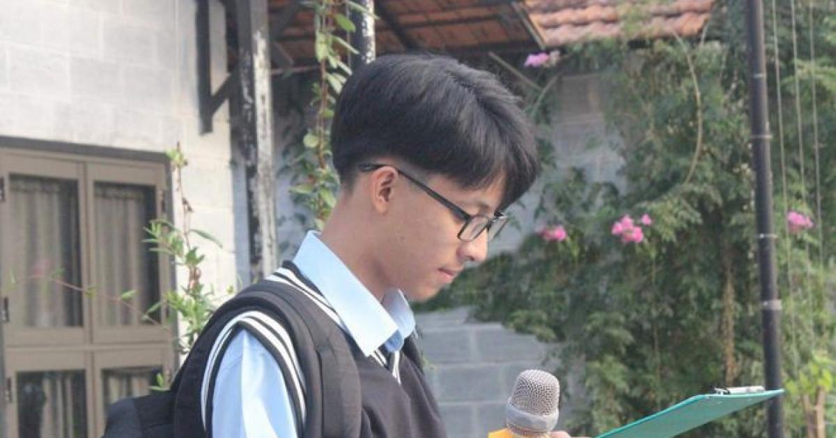 Độc nhất vô nhị: Nam sinh chuyên Toán nhưng đạt giải Nhất môn Văn cấp quốc gia - 1