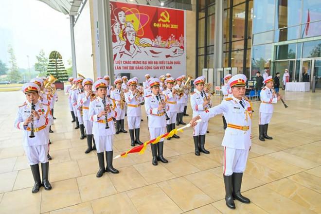 Hôm nay, Đại hội XIII của Đảng bước vào ngày làm việc đầu tiên - 1