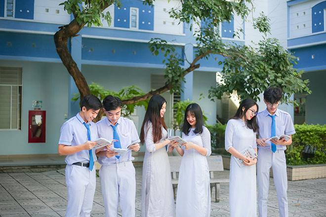 Sky-Line: Môi trường quốc tế - Chi phí Việt Nam - 1
